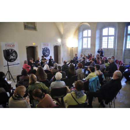 media/presse/photos/Table ronde - Mairie de Villeneuve lez Avignon.jpg